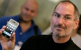 Steve Jobs phản ứng ra sao khi có người chỉ trích bàn phím trên iPhone đời đầu