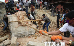 Số người chết do động đất ở Nepal đã vượt quá 7.000 người