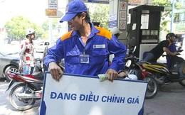 """Xăng dầu sẽ chỉ giảm """"nhỏ giọt""""?"""