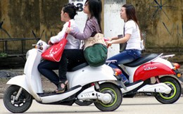Xe máy điện phải đăng ký, nộp lệ phí trước bạ từ 1/7