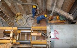 TP.HCM ngập lụt, Công ty Thoát nước mải... xây nhà