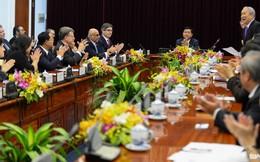 Đoàn lãnh sự tại TP.HCM ấn tượng với hành động của ông Đinh La Thăng