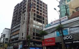 """Cận cảnh tòa """"chung cư hoang"""" 131 Thái Hà"""
