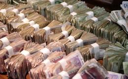 """""""Đào sâu"""" vào núi nợ đang phình to của Trung Quốc"""