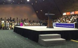 Tổng thống Obama trò chuyện với 800 thủ lĩnh trẻ VN