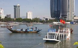 Từ vụ lật tàu trên sông Hàn, báo động buông lỏng quản lý giao thông đường thủy