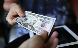 Hàng loạt ngân hàng lại tăng giá USD