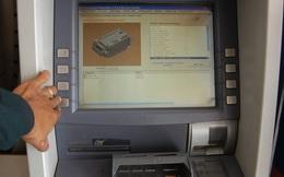 90% giao dịch là rút tiền, hỏi sao ATM không quá tải?