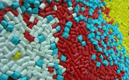 Thuế nhập khẩu nhựa về 1%, hàng chục doanh nghiệp niêm yết sẽ hưởng lợi