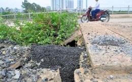 Cận cảnh bê tông lót xốp trên cầu vượt đường sắt Hà Nội