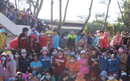Quốc lộ 1K tê liệt vì hàng ngàn công nhân Công ty Pouchen Việt Nam ngừng việc