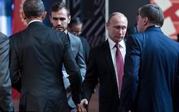 Cái bắt tay lạnh lùng giữa Obama và Putin
