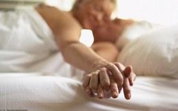 Chuyên gia tâm lý Mỹ khẳng định: Chúng ta đã sai khi quan niệm càng già, sex càng kém