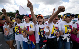 Venezuela chìm sâu trong bất ổn