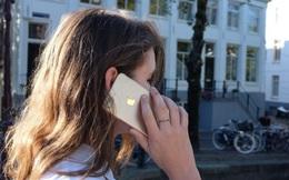 iPhone 7 bị rò sóng gây ảnh hưởng đến não, Apple khuyên người dùng không để sát đầu khi gọi điện