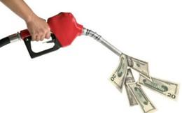 Giá dầu giảm 75%, Việt Nam thiệt hại nặng nhất châu Á