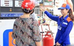 Petrolimex ăn mừng 1 năm lãi lớn chưa từng thấy dù giá xăng liên tục giảm