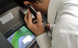 ATM bị sự cố, khách hàng vã mồ hôi lo lắng