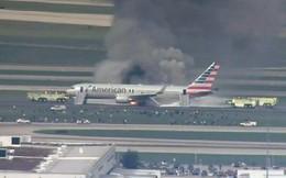 Máy bay chở 170 người cháy ngùn ngụt trên sân bay Chicago, Mỹ