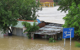 15 người chết, 6 người mất tích do mưa lũ ở miền Trung