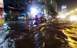 Người Sài Gòn bất lực trong trận mưa ngập kỷ lục