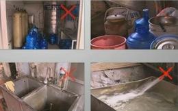 """Cơ sở sản xuất nước đóng chai vội """"diễn kịch"""" khi bị kiểm tra"""