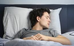 Kể cả có tắt nguồn, để smartphone trong phòng ngủ vẫn gây ra tác hại khôn lường