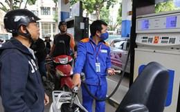 Xăng dầu đồng loạt tăng giá mạnh: Doanh nghiệp sản xuất, vận tải kêu trời