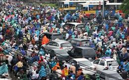 Hành khách chen chúc ở các bến xe rời Hà Nội về nghỉ lễ