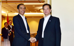 Thủ tướng Nguyễn Tấn Dũng gặp song phương lãnh đạo Thái Lan, Indonesia