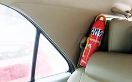 Không có căn cứ việc bình chữa cháy để trong ô tô phát nổ