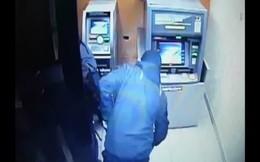 NHNN cảnh báo tình trạng lấy cắp thiết bị tại ATM