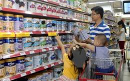 Ý kiến trái chiều về việc Chính phủ có nên tiếp tục áp trần giá sữa