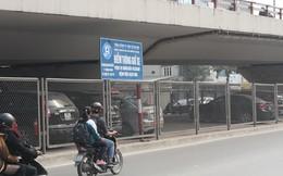 Biến gầm cầu ngã tư Vọng làm bãi đỗ xe Bệnh viện Bạch Mai