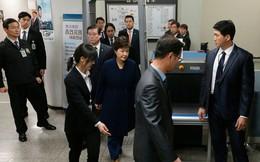 Cuộc sống tù nhân của cựu Tổng thống Hàn Quốc: ngủ dưới đất, ăn cơm rẻ tiền, mỗi ngày ra ngoài trời 45 phút