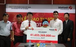 Vietlott trao giải Jackpot hơn 41 tỷ đồng cho nữ khách hàng Lâm Đồng