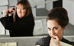 """Điểm danh 4 """"kẻ khó ưa"""" bạn sẽ gặp ít nhất một lần khi bước chân vào nơi làm việc mới"""