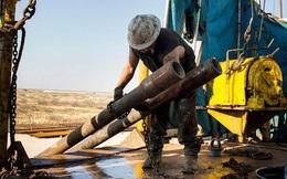 Thế giới có thể sắp thoát cảnh thừa dầu