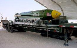 """Tại sao Mỹ thả """"mẹ của các loại bom"""" xuống Afghanistan?"""