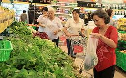 Giá tiêu dùng TPHCM ổn định, Hà Nội tiếp tục giảm