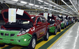 Thị trường ôtô Việt Nam sụt giảm về lượng xe bán ra trong tháng Tư