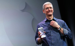 Cuộc sống kín tiếng của CEO Apple Tim Cook, người bán iPhone đắt nhất lịch sử