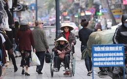 """Ông Lê Hồng Giang: Vỉa hè Việt Nam – """"Kinh tế mặt tiền"""" và """"kinh tế hàng rong"""""""