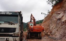 Sau mưa lớn kéo dài, sạt lở nghiêm trọng trên quốc lộ ở Quảng Ninh
