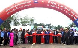 Thông xe cửa khẩu quốc tế Lệ Thanh - Oyadav