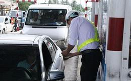 Xả trạm thu phí Cai Lậy vì tài xế trả tiền lẻ, ùn tắc nghiêm trọng