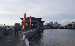 Hải Phòng: Cầu vượt biển thông xong, tắc phà trầm trọng