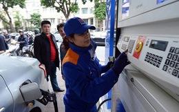 Đừng nghĩ đến chuyện giảm, ngày mai, giá xăng dầu có thể tiếp tục tăng