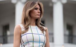 """Đệ nhất phu nhân Melania """"nắn gân"""" vợ cũ của Tổng thống Trump?"""