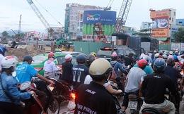 Chùm ảnh: Công trình hầm chui chậm tiến độ, người dân Đà Nẵng mệt mỏi trước cảnh hàng ngàn phương tiện ùn ứ kéo dài